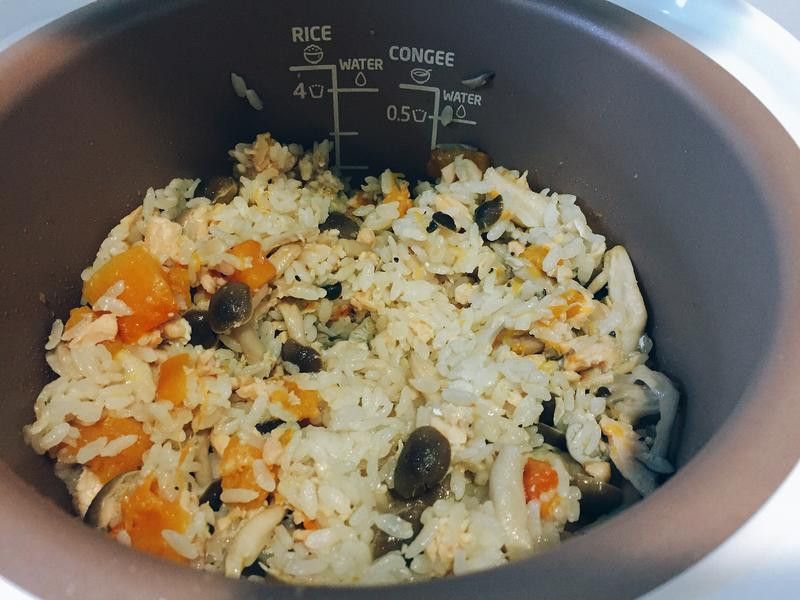 南瓜鮭魚菇菇飯