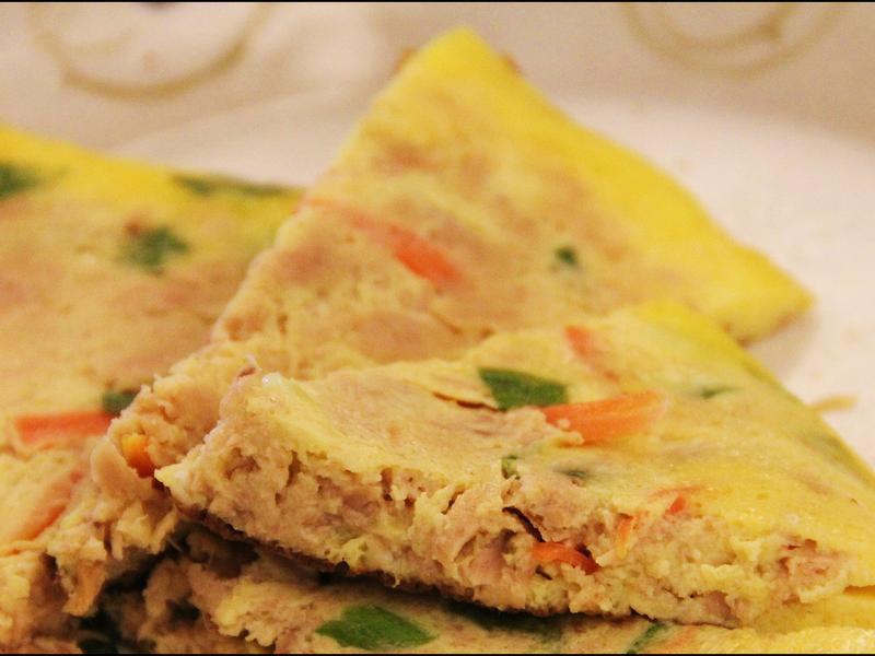 便當菜:鮪魚紅蘿蔔絲半月型烘蛋