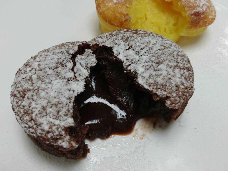 酒香熔岩巧克力蛋糕