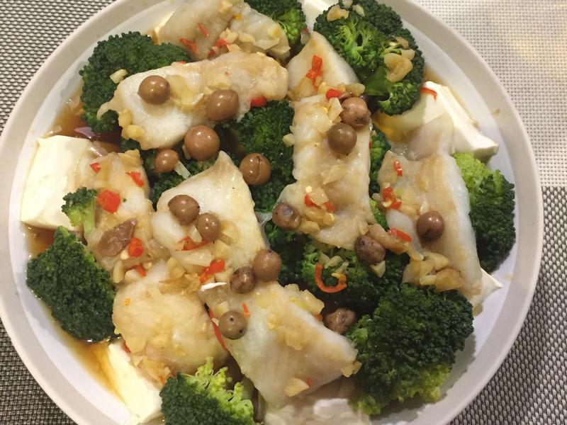蔬食豆腐鯰魚佐破布子