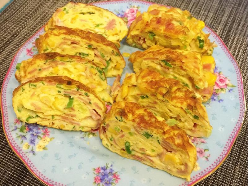 火腿玉米起司煎蛋捲