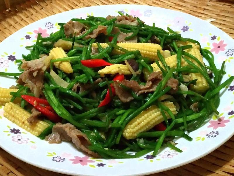 水蓮炒玉米筍