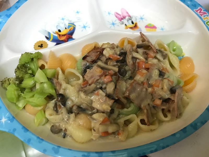奶油白醬義大利麵(貝殼麵)兒童版