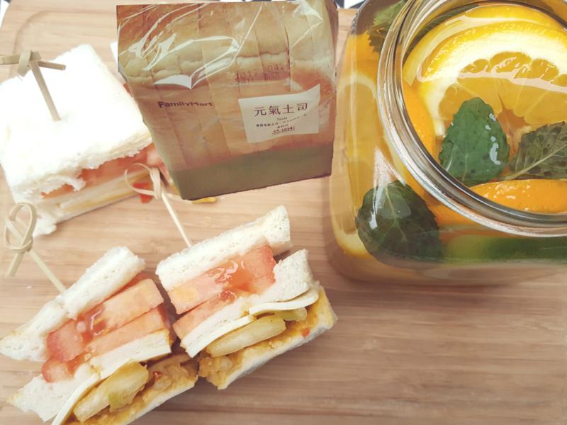 元氣黃金泡菜起士三明治