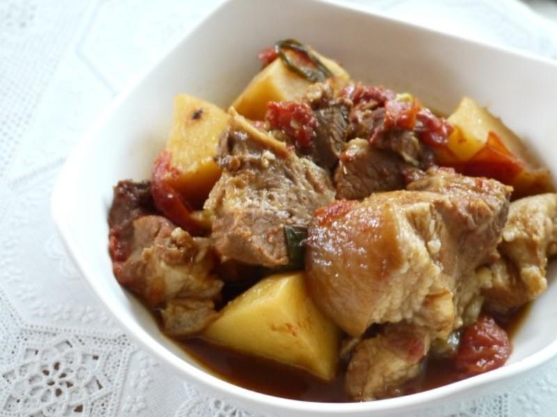 力力隨意煮-番茄馬鈴薯燉肉