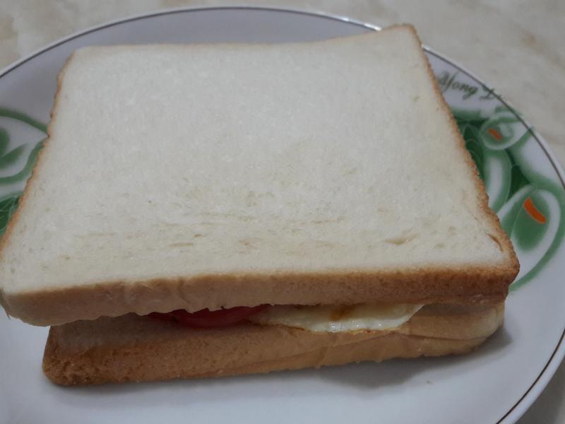 黑楜椒豬排三明治