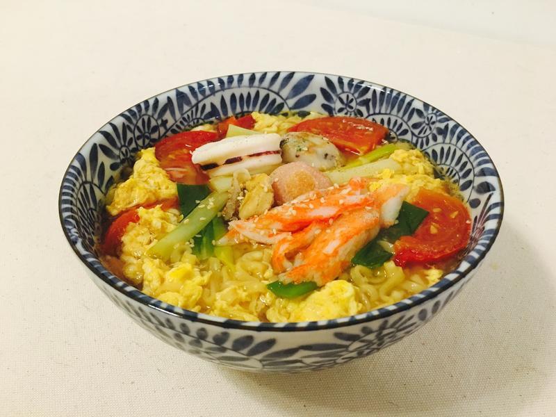 番茄雞蛋海鮮麵