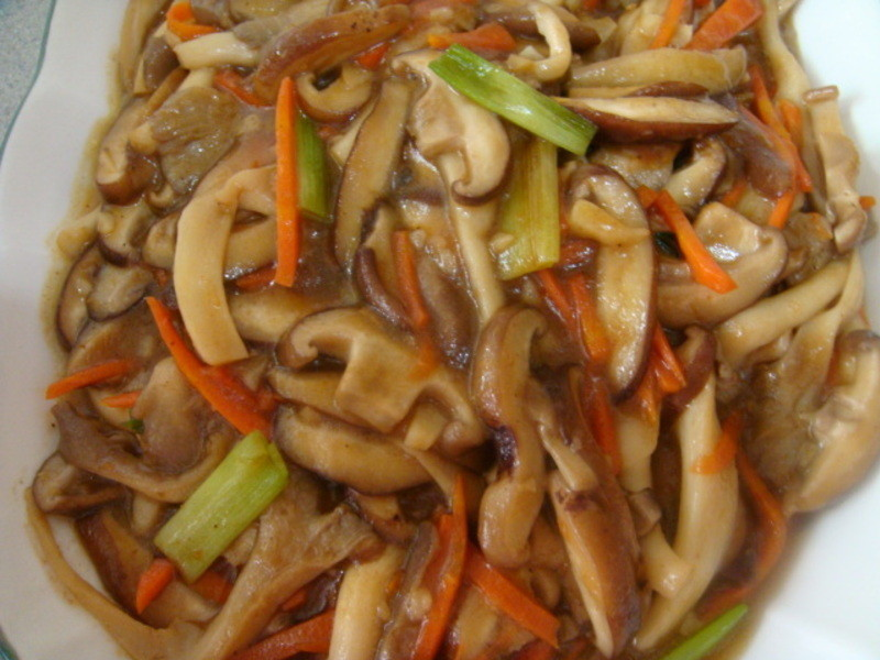 沙茶炒雙菇