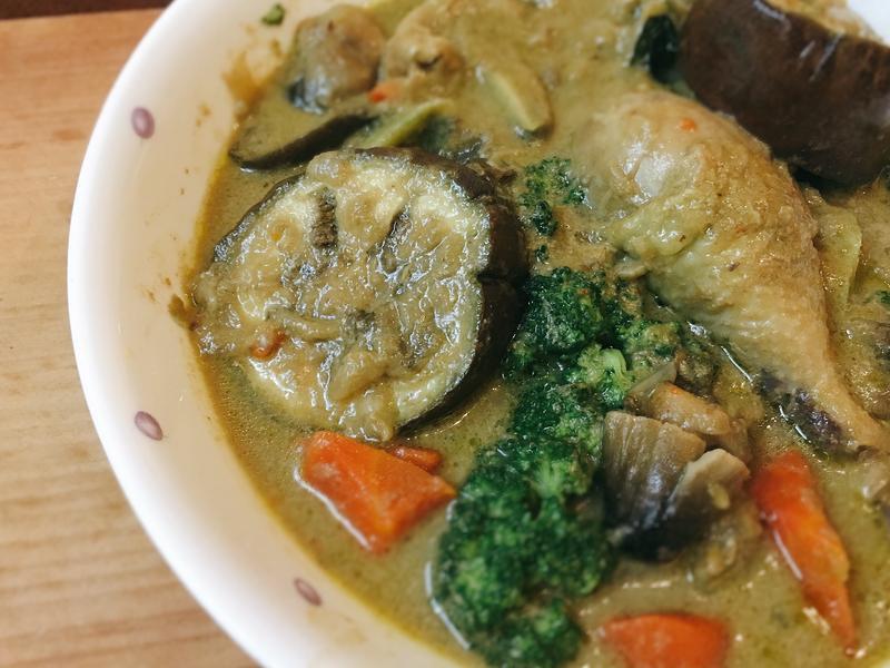 【週末一鍋】泰式綠咖哩雞