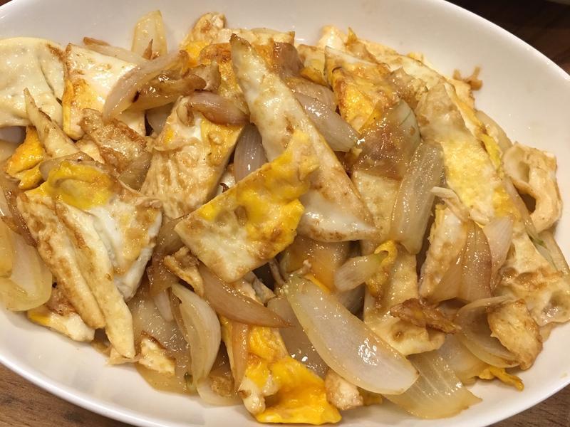 荷包蛋炒洋蔥