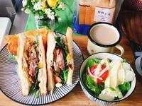 【瘋野餐】辣雞腿三明治-全家購足全食材