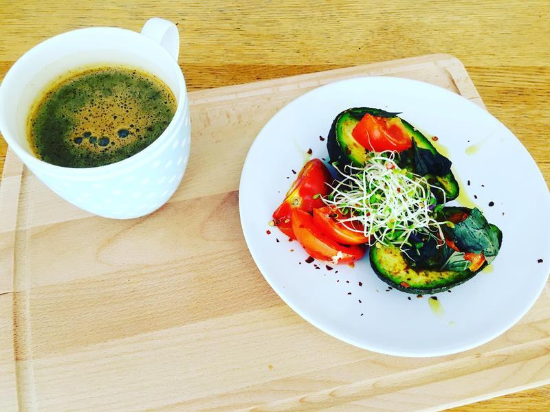 健康早餐:牛油果焗蛋❤️(影音敎學)