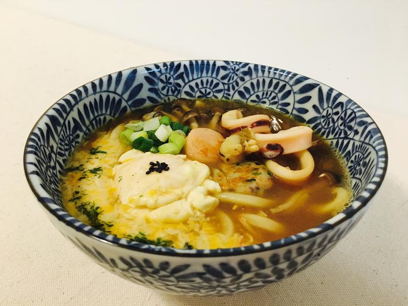 咖喱起司海鮮烏龍麵