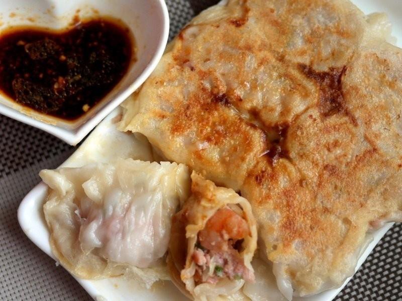 ♫【香菜蝦仁煎餃】「ギョーザ」佐沾醬
