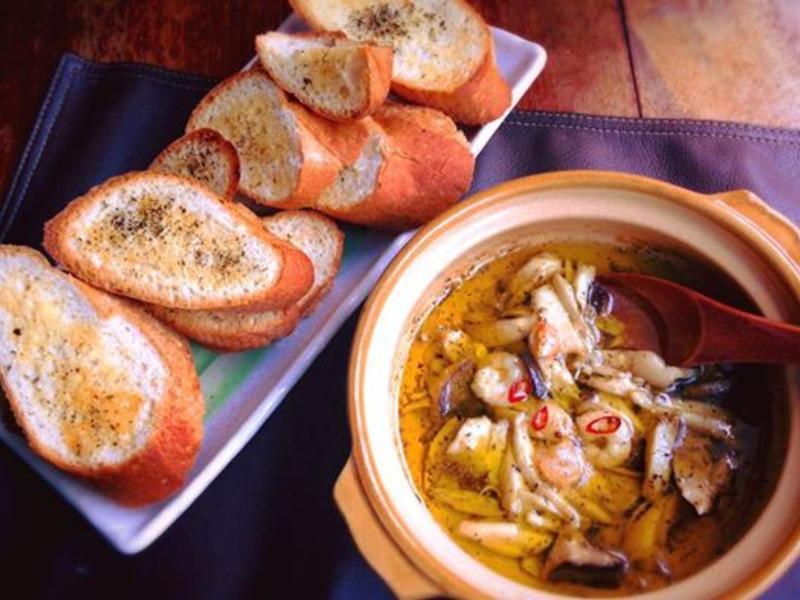簡單! 西班牙風Ajillo香蒜菇