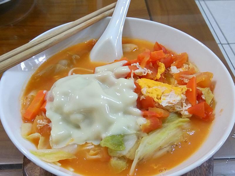 香濃番茄起司拉麵🍜營養又好吃~