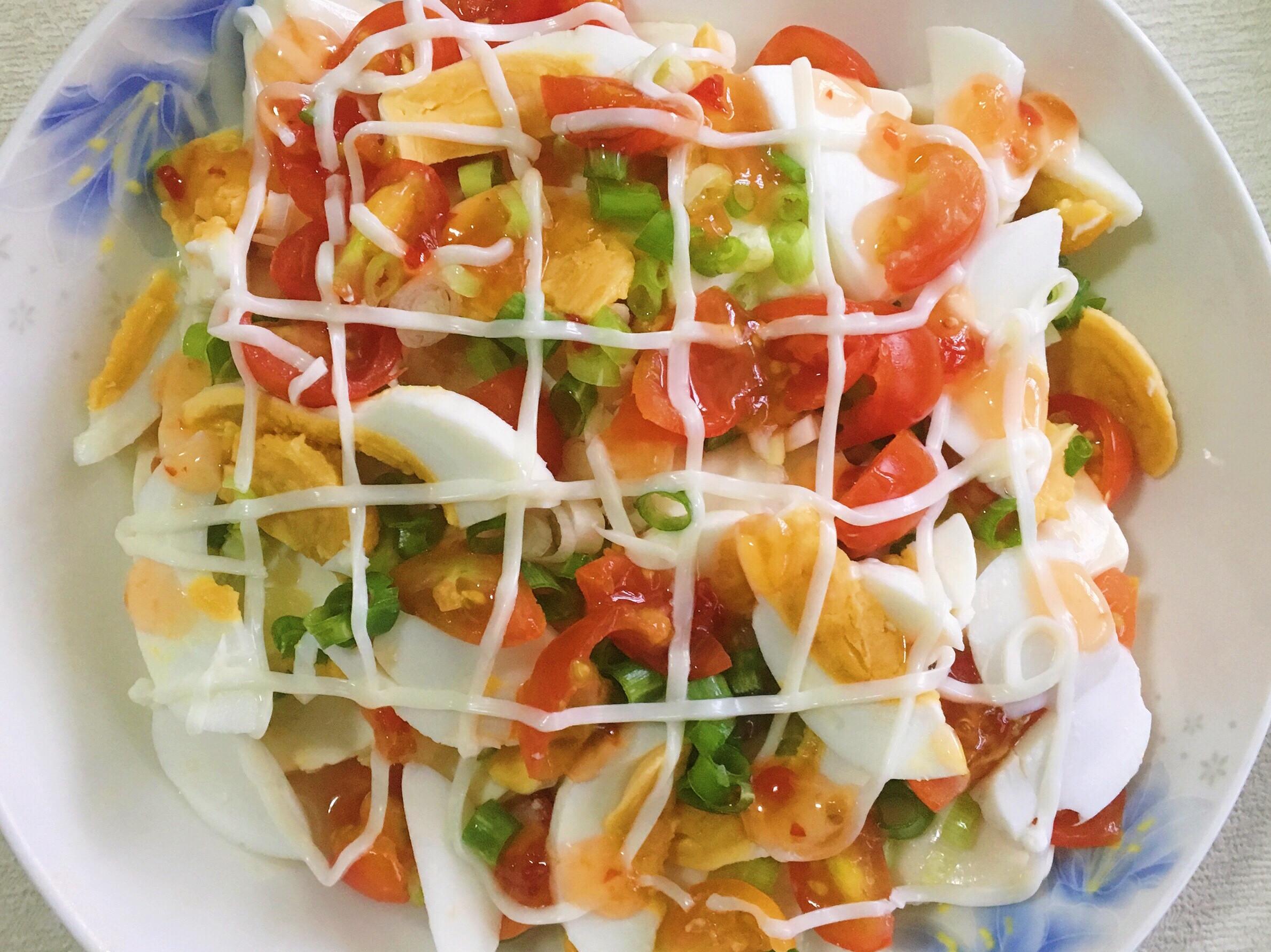 涼拌小菜~美乃滋鹹蛋豆腐