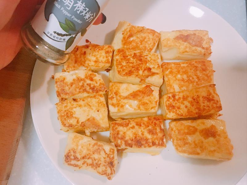嫩煎雞蛋豆腐