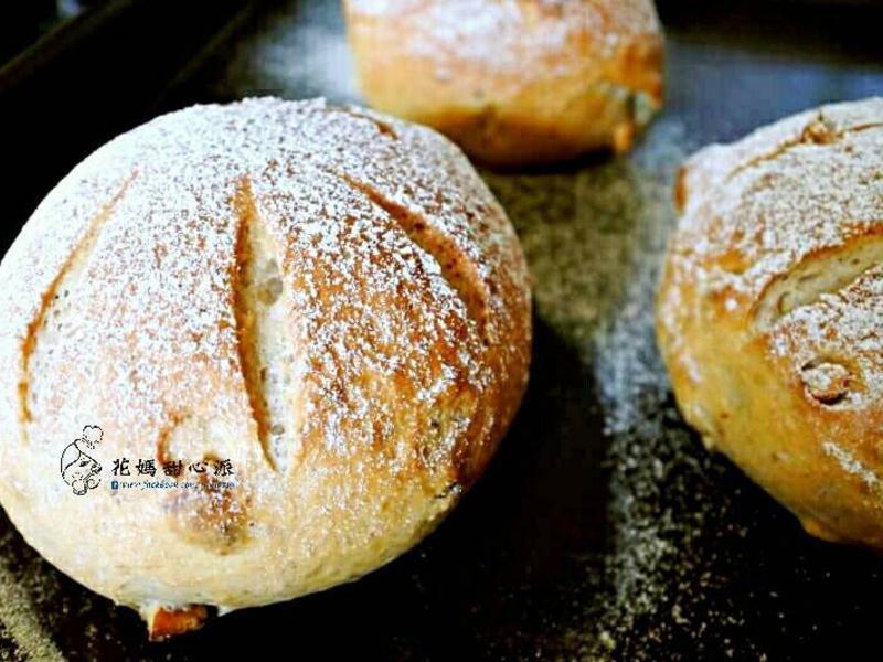核桃裸麥麵包(少油低糖)