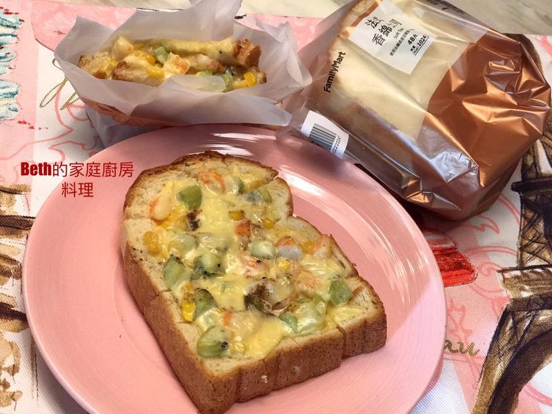 奇異果鮮蝦玉米烤厚片