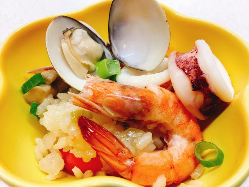 奶油海鮮燉飯(local版)