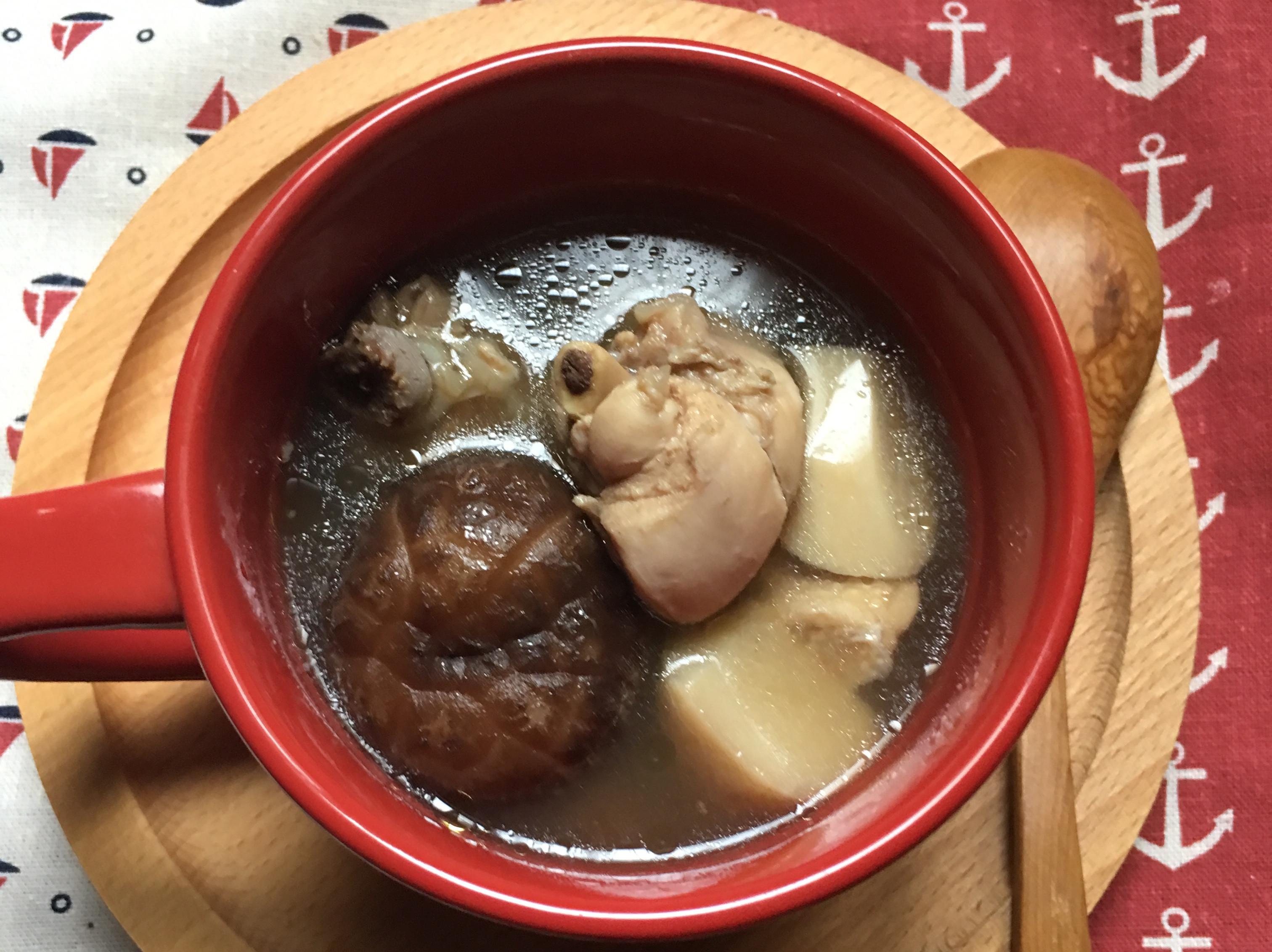 低脂~美味菇菇雞湯