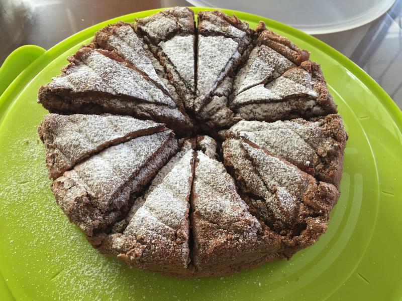 藍莓夾餡 巧克力戚風蛋糕