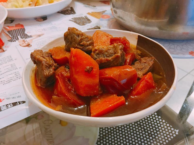 超簡單電鍋蕃茄燉牛肉