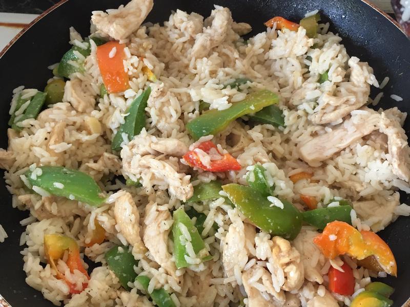 簡易青椒雞肉炒飯