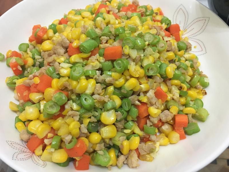 玉米炒絞肉四季豆