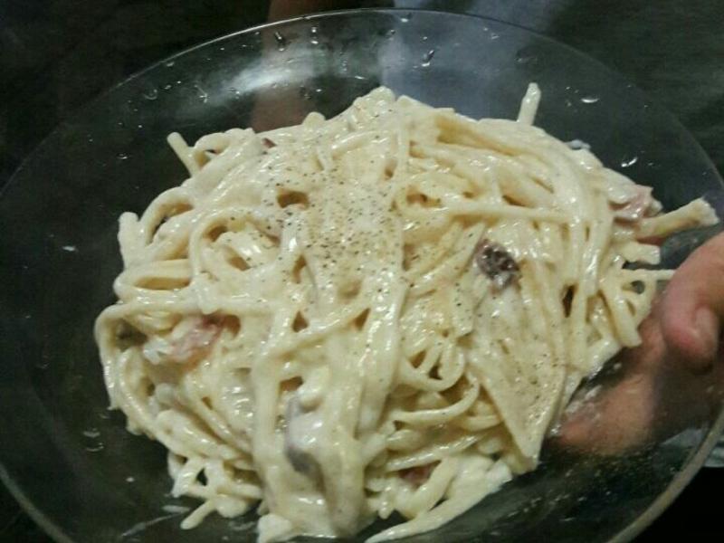 培根奶油義大利麵