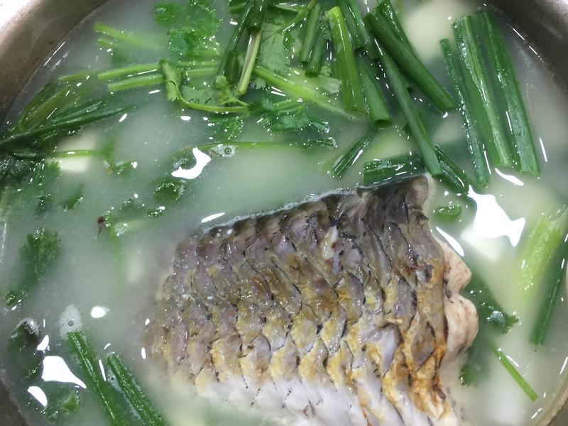 魚尾豆腐湯
