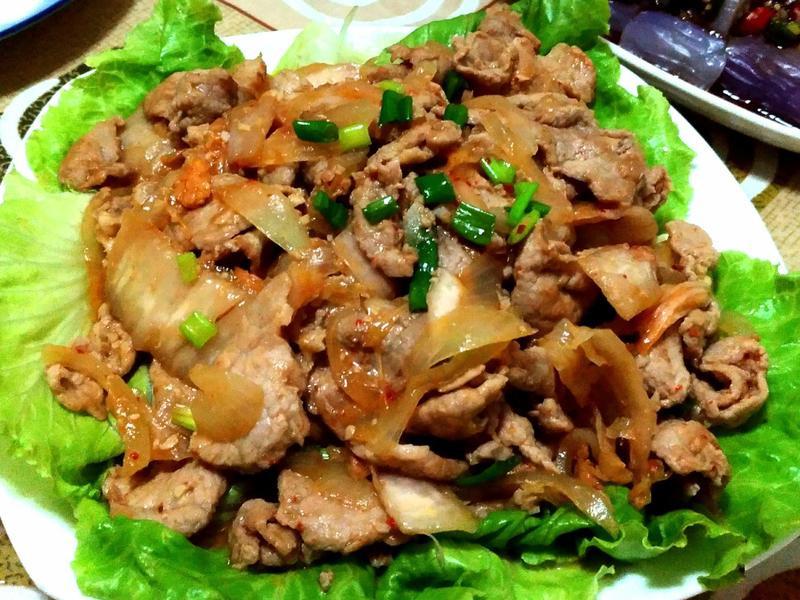 泡菜炒肉片