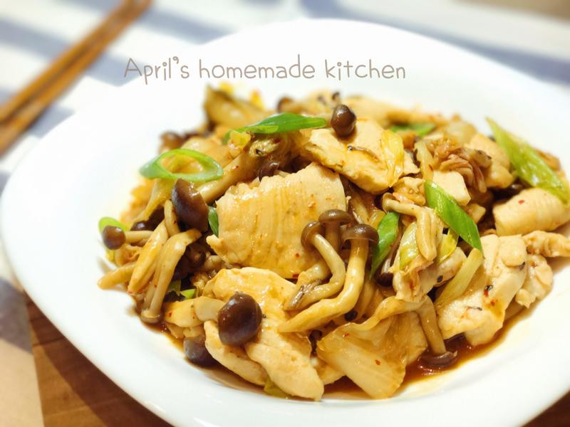 開胃下飯 泡菜鴻喜菇炒雞肉