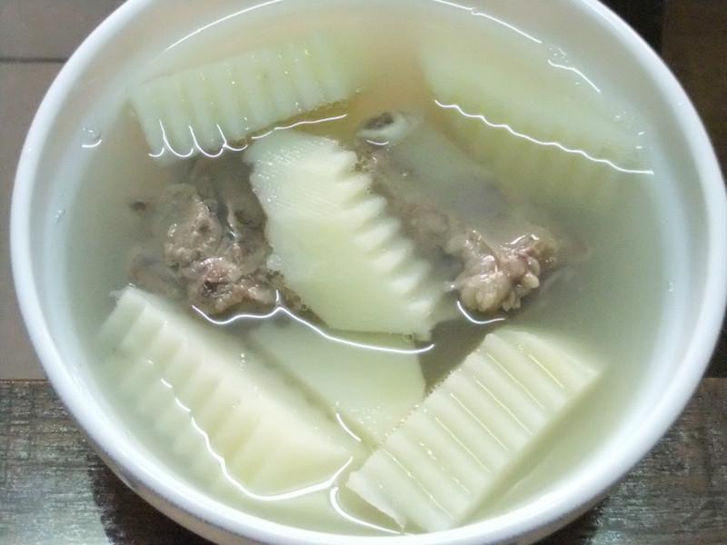 ღ小吟愛做菜ღ 馬鈴薯排骨湯