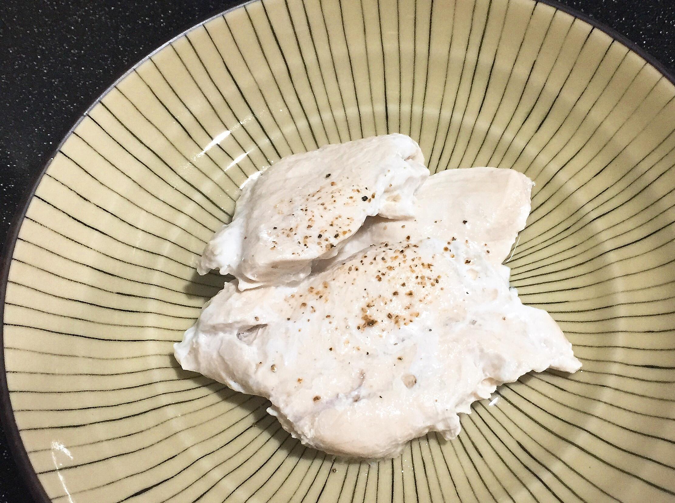 【健康料理】超嫩水煮雞胸肉