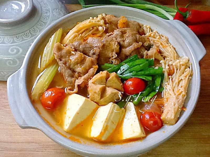 牛肉泡菜鍋