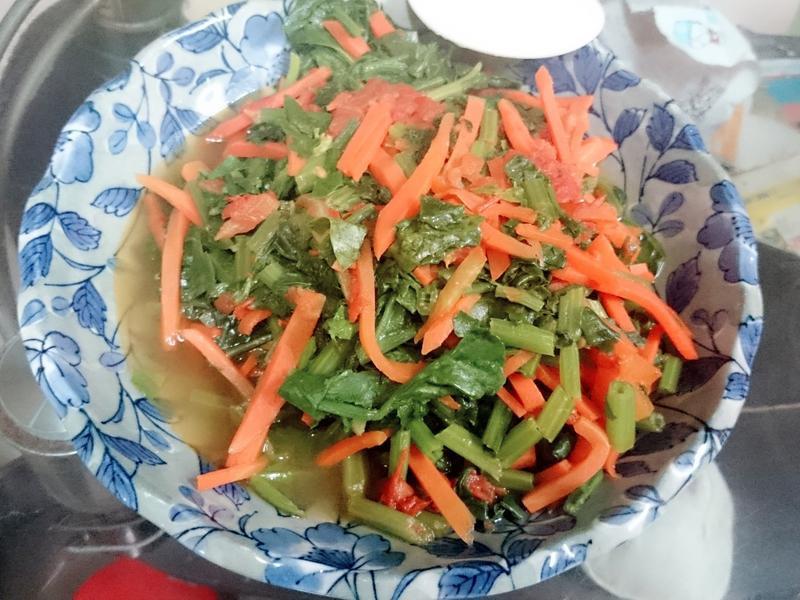 番茄胡蘿蔔菠菜
