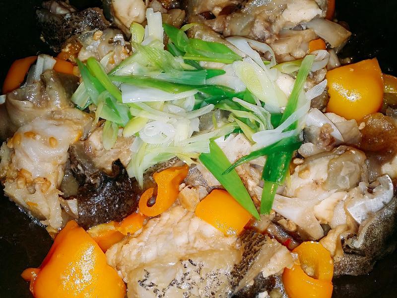 🐳🌰腐乳煮魚