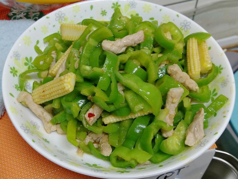 青椒炒肉絲(微辣)