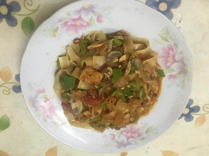 鮪魚時蔬義大利麵(百味來私房美味)