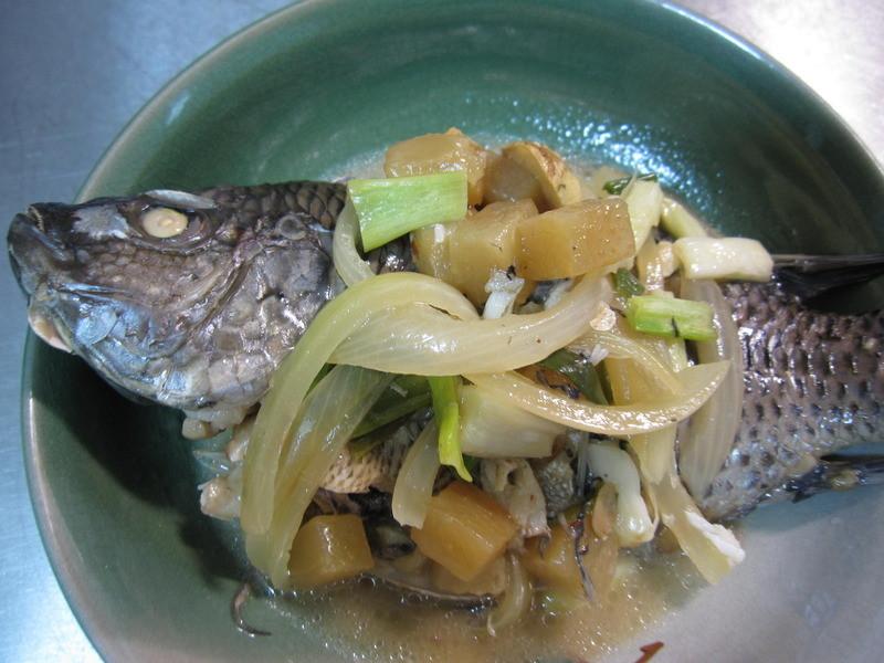▊雪莉小廚房。用燜的~蔭鳳梨魚 ▊