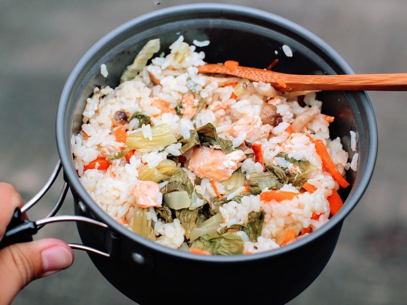 春鮭蔬菜野炊飯