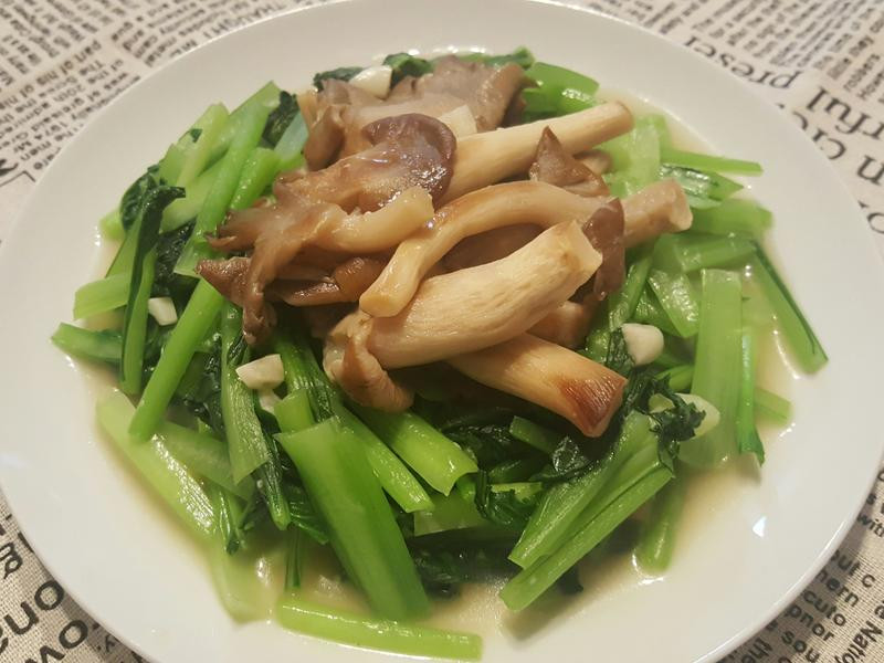 秀珍菇炒塔菇菜