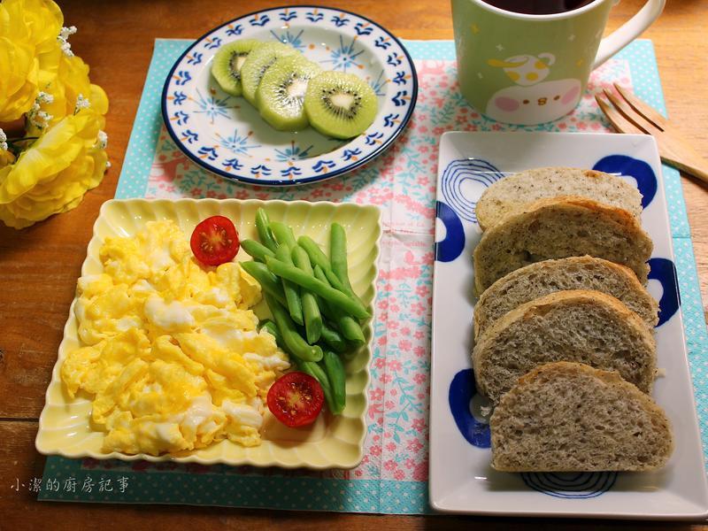 【米麵包】芝麻奶油餐包