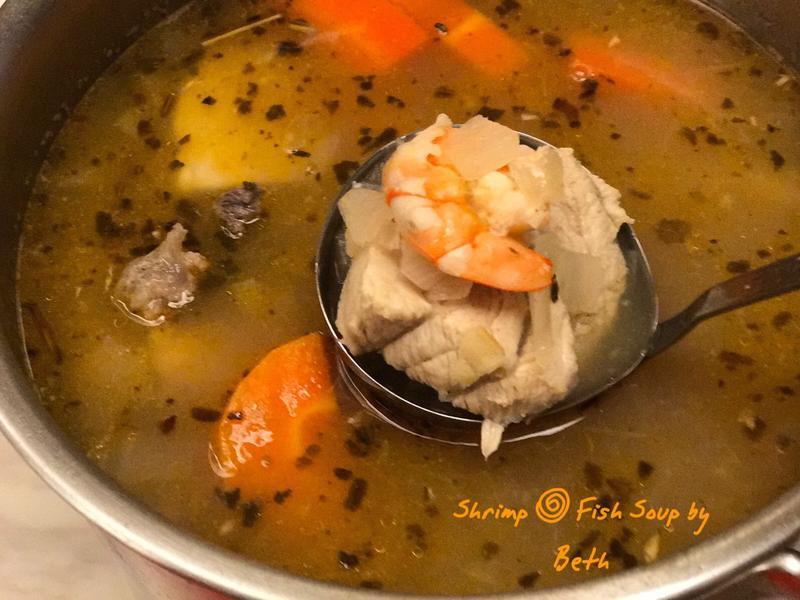 鮮蝦魚肉蔬菜清湯