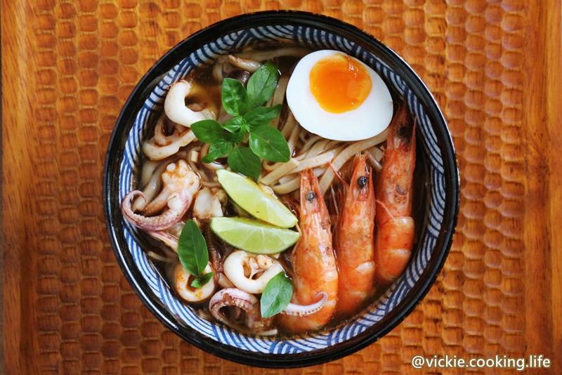 泰式風味《紅黎海鮮湯麵》農食力