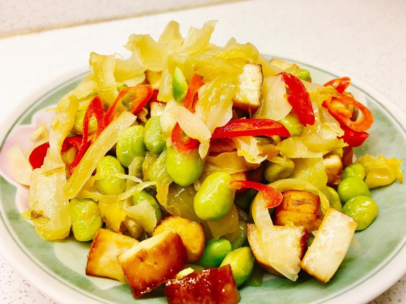 酸菜毛豆乾