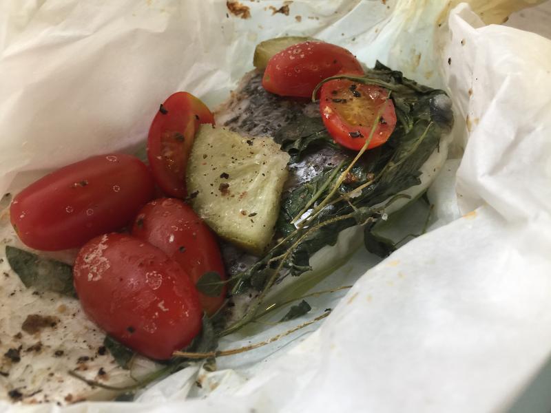 鹽漬檸檬紙包魚