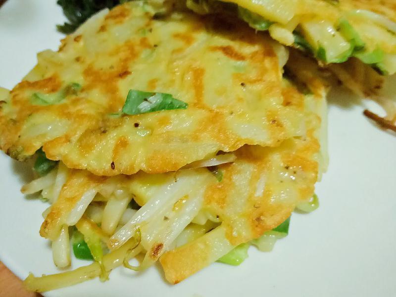 蔥香馬鈴薯豆菜煎餅(微波+煎)